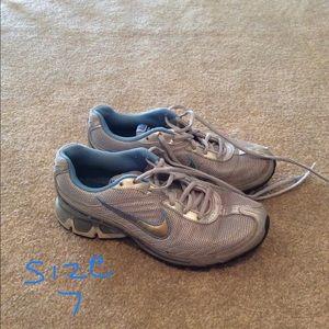 Size 7 Nike Silver & Blue Sneakers
